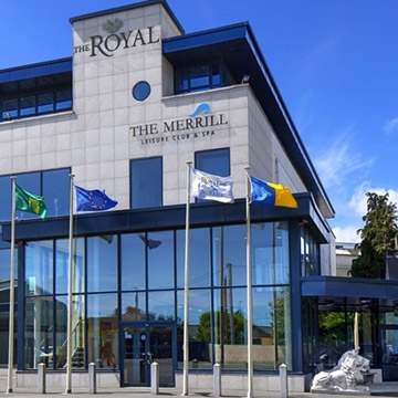 Venue the royal hotel co wicklow what 39 s on in for Hotels in bray with swimming pool