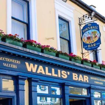 Wallis Bar - Co Cork